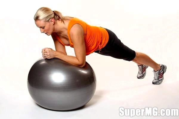 Фото: Аеробіка для схуднення будинку доступна кожній!