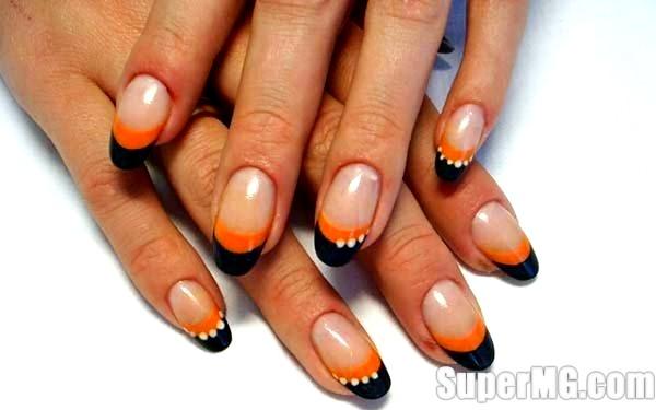 Фото: Ідеї осіннього манікюру: золоте відображення на нігтях