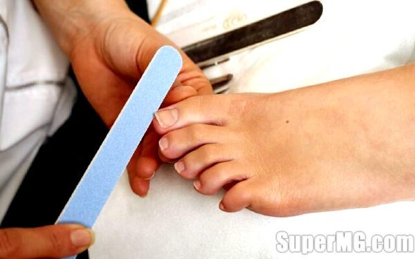 Фото: Як робити педикюр будинку: поради для красивих ніжок