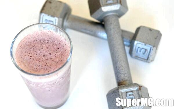 Фото: Як робити протеїновий коктейль: напої сили