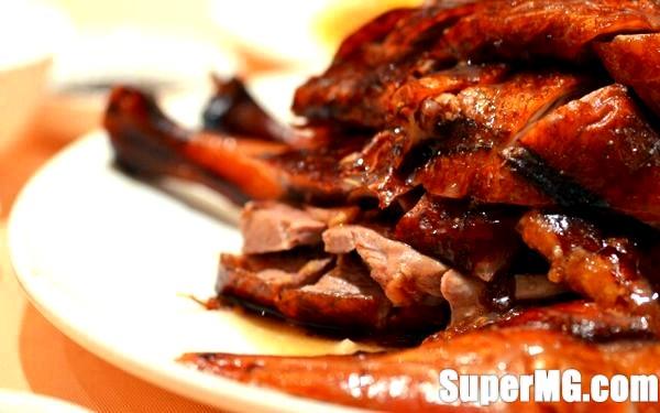 Фото: Як готувати гусака в духовці: смачна пташка