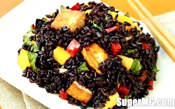 Фото: Як приготувати чорний рис: їжа для сили і краси