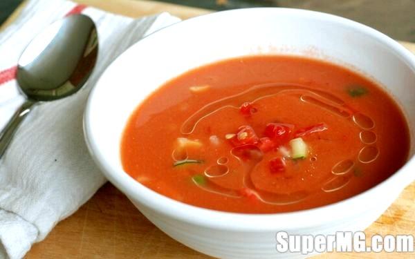Фото: Як приготувати гаспачо будинку: освіжаючі томати