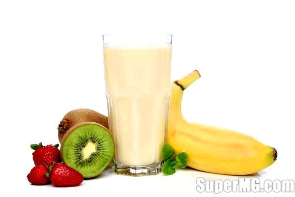 Фото: Як приготувати молочний коктейль в блендері-