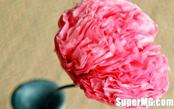Фото: Як зробити квітку з серветки: просте орігамі