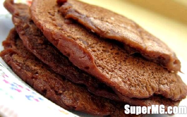 Фото: Як зробити шоколадні млинці: зі звичайного млинця в десерт