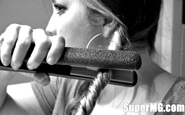 Фото: Як праскою закрутити волосся: правильні кучерики