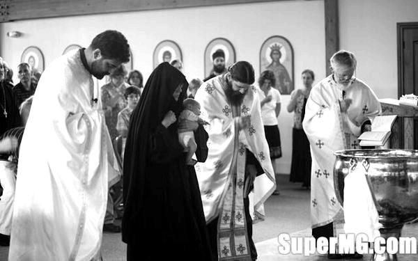 Фото: Які обов'язки у хрещеної матері: що потрібно знати-