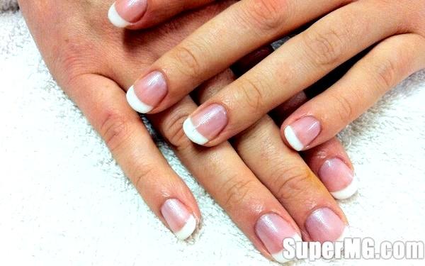 Фото: Необрізний манікюр в домашніх умовах: щадний догляд за нігтями