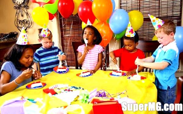 Фото: Оформлення столу на дитячий День народження: веселе свято дітям