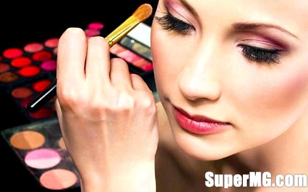 Фото: Правила макіяжу очей: основи мейк-апу