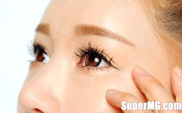 Фото: Правильний макіяж для маленьких очей: глибокий виразний погляд