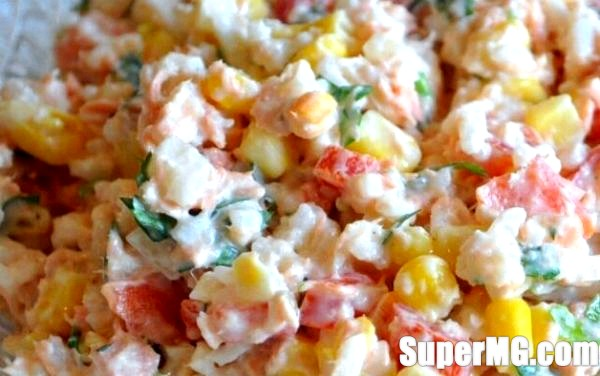 Фото: Рецепт крабового салату з кукурудзою: доступна закуска