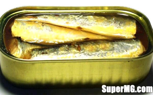 Фото: Салат з рибних консервів скумбрія: просте приготування