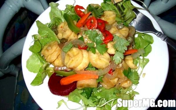 Фото: Салат з картоплею та бананами: оригінальне блюдо