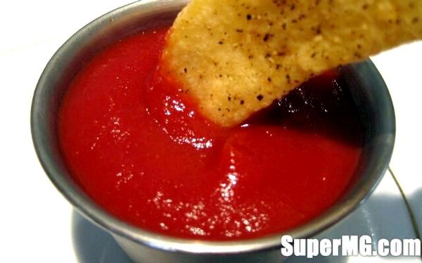 Фото: Томатний кетчуп в домашніх умовах - смачно і без & amp; # 171-хімії & amp; # 187-