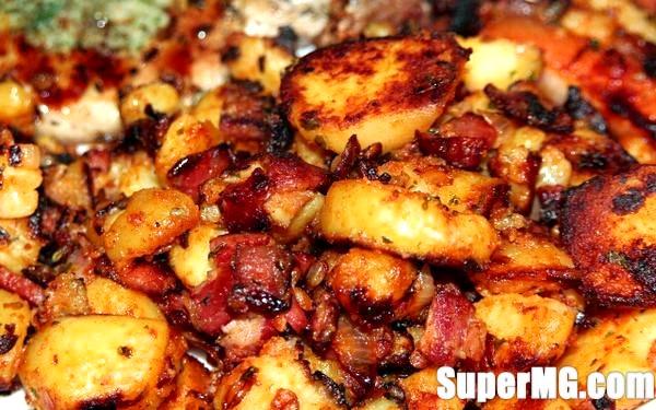 Фото: Смачна смажена картопля з цибулею: улюблене просте блюдо