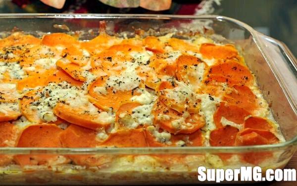Фото: Запечена картопля з вершками: ніжний смак і ситність